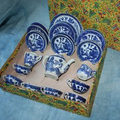 1940s and 50s made in Japan child's 24 piece tea by REuseREgalia, $150.00