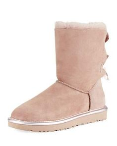 the 86 best uggs images on pinterest ugg shoes uggs and low boots rh pinterest com