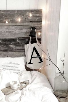 Bedroom with wooden headboard and fairy lights Dream Bedroom, Home Bedroom, Bedroom Decor, Nordic Bedroom, Master Bedroom, Bedrooms, Nature Decor, Scandinavian Home, Dream Decor
