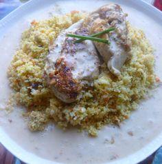 repas complet:blancs de poulet farcis saveurs grecques et sa semoule aux légumes