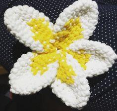 #plumeria #crochet #hawaiiangirl #hawaiispain by arallara31