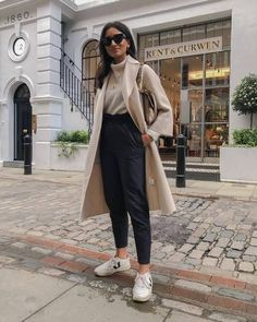 Trench Coat Outfit For Spring # Outfits autumn Winter Outfits For Teen Girls, Winter Fashion Outfits, Fall Winter Outfits, Look Fashion, Spring Outfits, Winter Ootd, Fall Fashion, 90s Fashion, Paris Winter Fashion