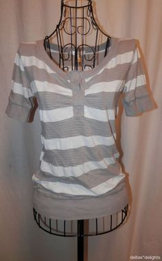 LUX TOP S Small Gray White Striped Short Sleeve Casual Urban Outfitters Ladies #Lux #KnitTop #Casual