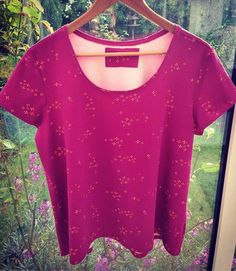 Another scout tee, this time made with jersey 😀love the colour of this fabric 💗 #grainlinepatterns #scouttee #grainlinescout #memadeeveryday #seamstressseamstress,grainlinepatterns,memadeeveryday,grainlinescout,scoutteeseamstress,grainlinepatterns,memadeeveryday,grainlinescout,scoutteesewnicsew