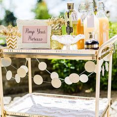 How cool is this pimp your prosecco trolley? We want it in the office... Created by @mrssheeny for her gorgeous wedding, @eddiejuddphotography