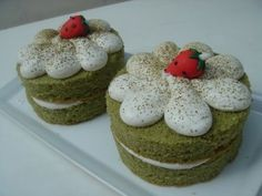 green tea cake! cute frosting idea for frosting flowers