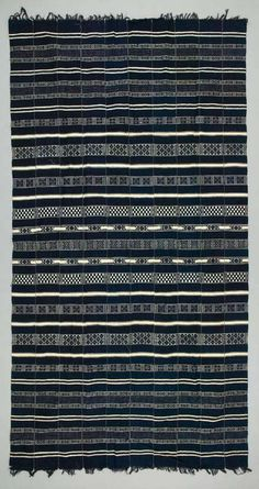 Africa | Blanket from the Fulani people from the Gao region of Mali | Cotton; Half basket woven; weft-faced; weft-float; machine-sewn | ca. 1950/60