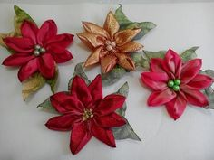 Diy Ribbon Flowers, Kanzashi Flowers, Ribbon Art, Ribbon Crafts, Fabric Flowers, Paper Flowers, Ribbon Embroidery Tutorial, Silk Ribbon Embroidery, Dyi Crafts