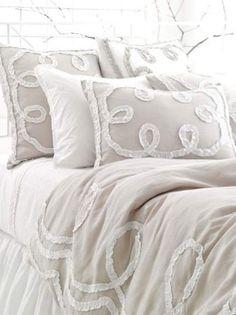 My lovely new bedding set! ;) new-house-ideas