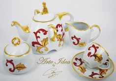 Cups finely decorated in gold, coffee services, tea sets, white porcelain cups.