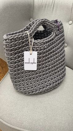 Scandinavian Minimalistic Eco Friendly Crochet Tote Bags – Knitting patterns, knitting designs, knitting for beginners. Crotchet Bags, Bag Crochet, Crochet Handbags, Crochet Purses, Knitted Bags, Knit Bag, Diy Crafts Crochet, Tote Bags Handmade, Handmade Handbags