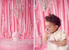 babys_first_birthday_cake_smash_portrait_photographer_22