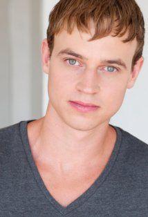 Eric Odom (Peter - Breaking Dawn 2)