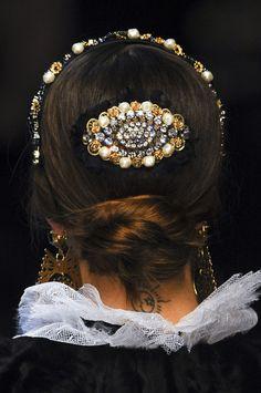 Dolce & Gabbana Fall 2012 Accessories: Sicilian Baroque Church Decorations