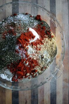 Ideas for air fry: I Tried KFC's Secret Fried Chicken Recipe and Here's How It Went Recipe For Kentucky Fried Chicken, Kfc Fried Chicken Recipe, Fried Chicken Seasoning, Chicken Spices, Baked Chicken, Homemade Fried Chicken, Fried Chicken Side Dishes, Fried Chicken Marinade, Kentucky Chicken