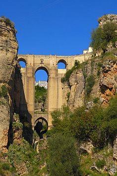 Puente Nuevo, que atraviesa la garganta del Tajo, Ronda, provincia de Málaga, Andalucía, España, Europa