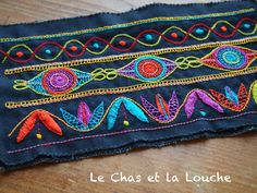 Exercice de broderie glazig Wool Embroidery, Cross Stitch Embroidery, Embroidery Designs, Embroidered Quilts, Crazy Patchwork, Denim Crafts, Unusual Gifts, Square Quilt, Needlework
