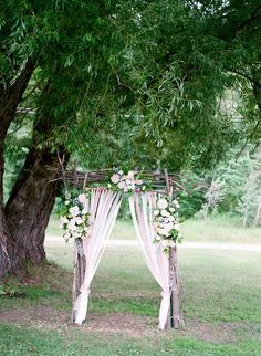 Shabby chic wedding ceremony decor ideas.