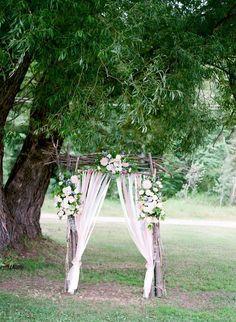 Shabby chic wedding ceremony decor ideas.
