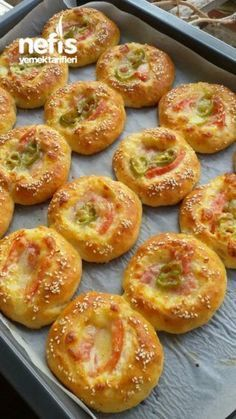 3 Pastry (Experiment A so) - Delicious Recipes Vegetarian Recipes, Cooking Recipes, Tasty, Yummy Food, Delicious Recipes, Salty Snacks, Breakfast Items, Turkish Recipes, Food Humor