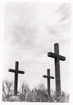 """He has Resin"" Three Crosses in Buras, LA."
