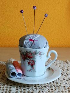 Nadelkissen-Tasse Tea Cups, Mugs, Tableware, Pin Cushions, Presents, Dinnerware, Tablewares, Mug, Place Settings