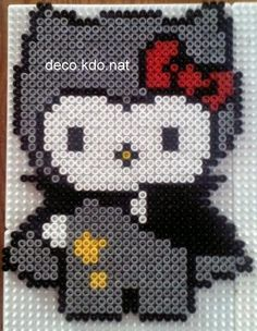 Halloween Hello Kitty vampire hama perler by deco.kdo.nat