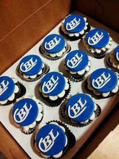 Bud Light cupcakes