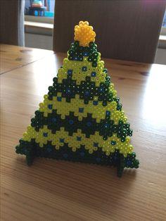 Bügelperlen - Serviettenhalter Weihnachtsbaum