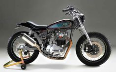 Saw this on Sideburn Magazine.  Yamaha XS650 Custom StreetTracker.  For Sale in Chico, CA.