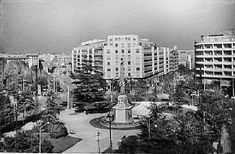 La plaza de Manuel Becerra en 1963, el obelisco que se ve es el que hay desde hace muchos años en el parque de la Arganzuela junto al Manzanares.