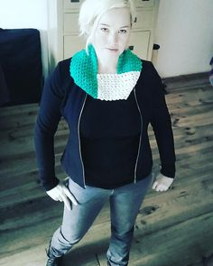 Wearing yesterday's cowl to work today! #minimalist #minimal #design #crochet #crocheted #cowl #contrast #yarn #fashion #fall #scarf #accessories #harmony #instacrochet #crochetersofinstagram #two #colors #haken #gehaakt #häkeln #crochê #hip #fashionable #craft #handmade #styles #mystyle #look #mylook by recoverista_rinske