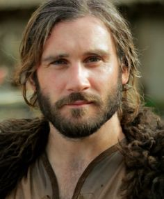 Clive Standen stars as Rollo in HISTORY's series Vikings. Find out more about Rollo and the rest of the cast on HISTORY. Vikings Tv Series, Vikings Tv Show, James Mcavoy, King Ragnar, Viking Series, Viking Men, History Channel, Attractive People, Interesting Faces