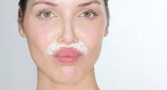 Muchas mujeres tienen problemas con el vello facial, ya sea sobre los labios, cerca de las orejas, la línea de la mandíbula e incluso en la barbilla. Anuncio El problema con la depilación común, es que trae aparición de acné e irritación a esas áreas sensibles del rostro. Y lo que es peor, el cabello […]