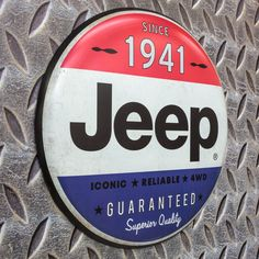 A first-rate reproduction, this brand new Jeep sign brings an old fashioned vibe to any home or business. It's made of 1