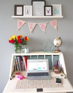 Styling you home office with great printable's is a great way to add colour and detail that can be changed to suit your mood or the seasons