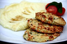 Toddler Meals, Toddler Food, Hummus, Cauliflower, Food And Drink, Meat, Chicken, Healthy, Ethnic Recipes