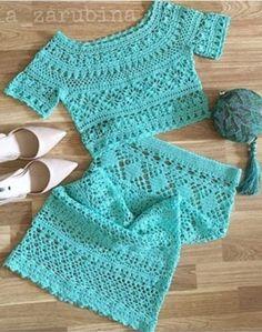 Be beauty with us visite us Crochet Skirts, Crochet Blouse, Crochet Clothes, Crochet Wool, Crochet Stitches, Crochet Patterns, Baby Girl Crochet, Crochet Fashion, Beautiful Crochet