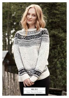 Setesdalskofte og -genser med rundfelling pattern by Rauma Ullvarefabrikk Knitting Projects, Knitting Patterns, Norwegian Knitting, Fifties Fashion, Fair Isle Pattern, Yarn Shop, Knitwear, Knit Crochet, Outfit