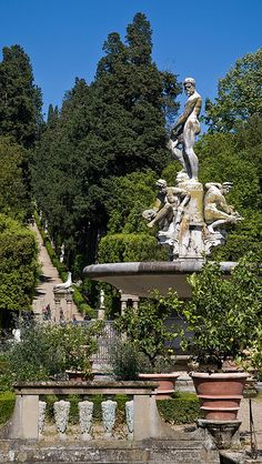 Boboli Gardens, Florence, Italy Giardini della Nos. Places To Travel, Places To See, Medici Masters Of Florence, Parks, Voyage Rome, Gardens Of The World, Places In Italy, Italian Garden, Visit Italy