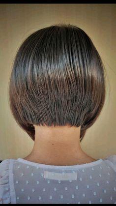 Short Stacked Bob Haircuts, Haircuts For Fine Hair, Haircut For Thick Hair, Dope Hairstyles, Cute Hairstyles For Short Hair, Short Fine Hair Cuts, Short Hair Back, Short Hair Styles For Round Faces, Short Hair Cuts For Women