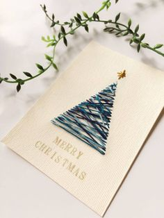9 More Easy Homemade Christmas Cards with Step by Step Instructions – DIY Fan Christmas Cards To Make, Christmas Presents, Christmas Time, Christmas Decorations, Handmade Christmas, Tarjetas Diy, Natal Diy, Christmas Embroidery, Diy Weihnachten