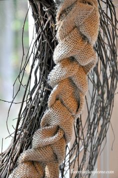 braided burlap wreath, crafts, seasonal holiday d cor, wreaths Burlap Projects, Burlap Crafts, Wreath Crafts, Diy Wreath, Wreath Ideas, Burlap Art, Wreath Making, Diy Projects, Rustic Fabric