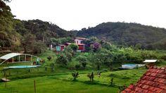Foto de Chale Sitio Bom Retiro em  Guaramiranga/CE: Garden Bridge, Golf Courses, Outdoor Structures, Nice