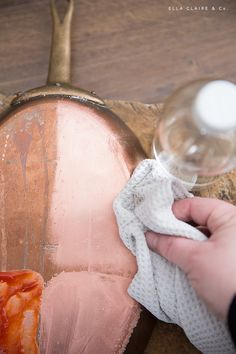 How To Clean Copper, How To Polish Copper, How Do You Clean, Diy Cleaners, Cleaners Homemade, Copper Cleaner, Copper Tea Kettle, Clean My House, Tarnish Remover
