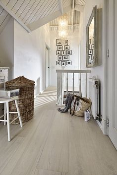 Highly Stable HDF core and advanced click system makes it ideal for underfloor heating systems. Hdf Floor, Underfloor Heating Systems, White Oak Floors, Floor Colors, My Dream Home, Furniture Design, Sweet Home, House Styles, Interior