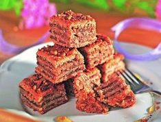 11 isteni zabpelyhes süti, amit a diétázók is ehetnek | Mindmegette.hu Diabetic Recipes, Diet Recipes, Dessert Recipes, Healthy Recipes, Desserts, Healthy Meals, Healthy Cake, Healthy Sweets, Health Eating