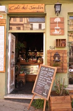 Coffee Shop Interior Design, Coffee Shop Design, Cafe Design, Mini Cafeteria, France Cafe, Shop Facade, Cafe House, Outdoor Cafe, Restaurant Design