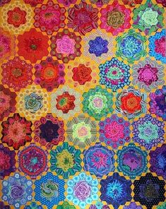 Quilt by Ann Zemke. Handstitched hexie quilt from Kaffe Fassett fabric. Hexagon Quilt Pattern, Hexagon Patchwork, Quilt Patterns, Hexagon Quilting, Hand Quilting, Millefiori Quilts, Colorful Quilts, Quilt Kits, Quilt Blocks