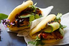 DAILYLIFE: DIY MOMOFUKU-style steamed buns is how you make friends.